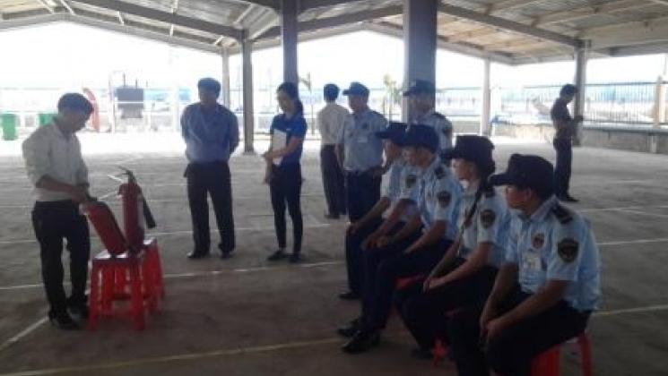 Công ty vệ sỹ Thành Long diễn tập PCCC